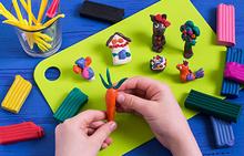 Taller: Creatividad en plastilina