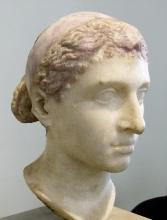 452px-Kleopatra-VII