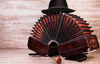 La hora del tango y el bolero