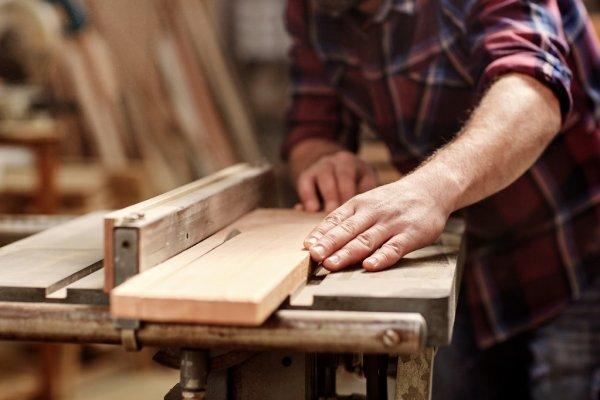 Taller de carpintería: Lámpara de mesa